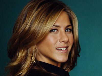 تسريحات جنيفر انيستون Jennifer Aniston's
